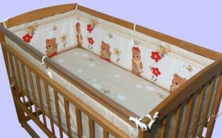 Защита в детскую кроватку своими руками: мастер класс с фото