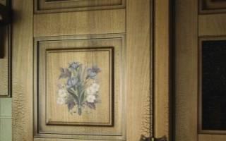 Декупаж двери с помощью салфеток, обоев и фотообоев (фото прилагаются)