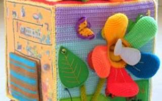 Развивающие игрушки своими руками: мягкие вязаные игрушки для малышей