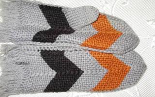 Варежки на 2 спицах для начинающих: детские варианты рельефным узором